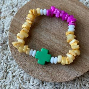 Handmade Colorful Shell Chip Bracelet with Cross